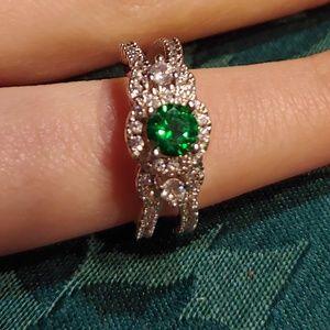 Jewelry - Costume Ring